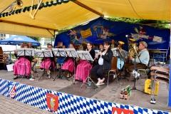 Unsere Musikfreunde aus Kleinostheim am sönntäglichen Frühschoppen